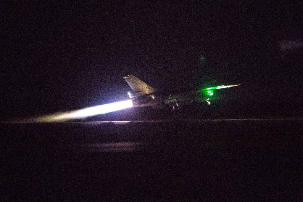F16 vertrekt irak_Noventas by MinDef