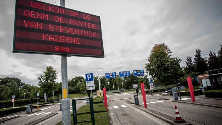 De_toegangspoort_van_de_kazerne_in_Oirschot_(foto_archief)