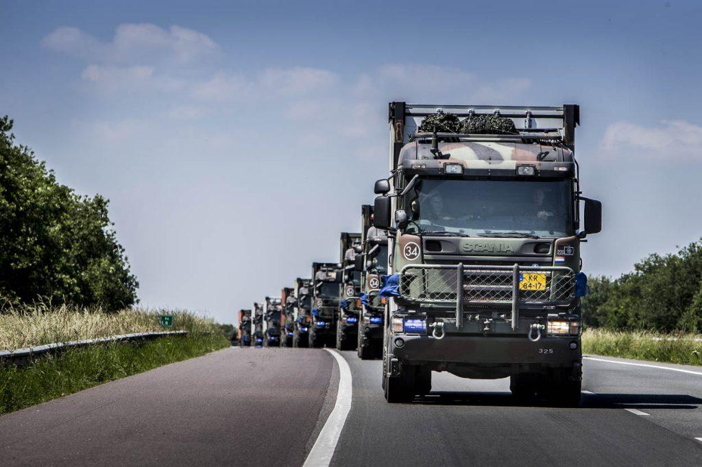 Polen, 11april 2015.Konvooi Flitsmacht richting Polen