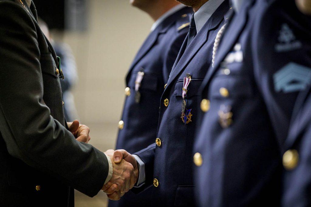 Eindhoven, 15 maart 2018. Medailleparade uitzendingen Air Task Force Air-to-Air Refueling ATF AAR OIR 3 FPME en ondersteuning door plaatsvervangend Commandant der Strijdkrachten (P-CDS) Martin Wijnen.