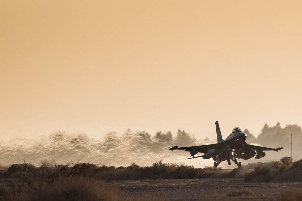 Vanuit Jordanie vliegen nederlandse F-16's in de strijd tegen IS.