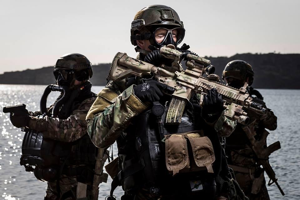 Wat neemt een duiker van het Korps Commandotroepen allemaal mee onder water