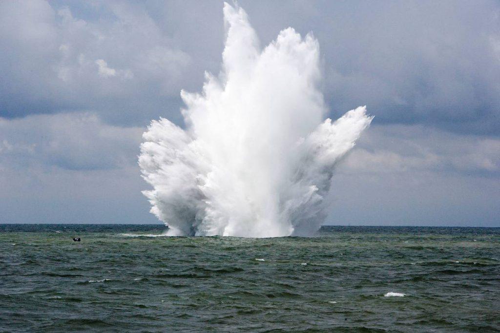 ontploffing zeemijn_Noventas by MinDef