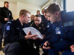 oefening-lowlands-grenade-2016-politiedeelnemers_noventas-by-mindef
