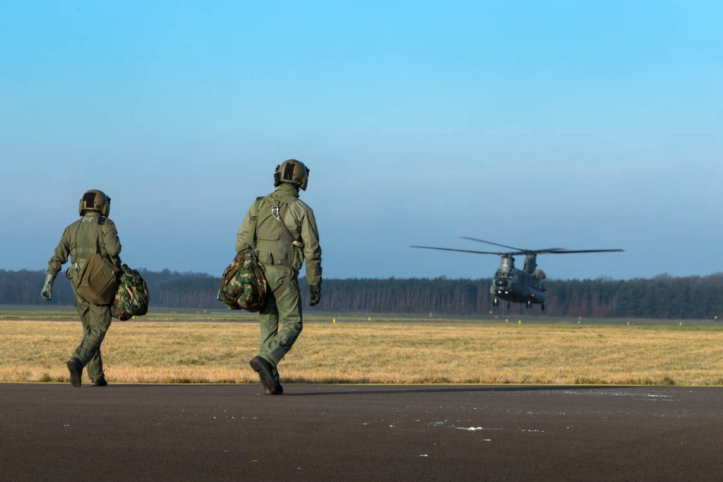helikopterpiloten_noventas-by-mindef