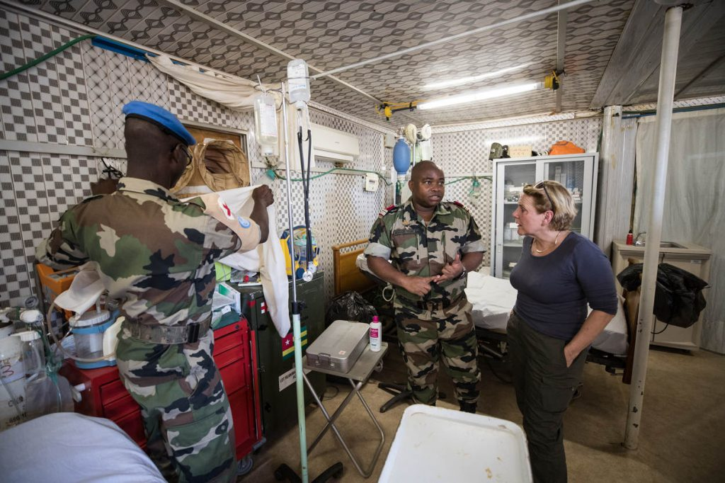 bijleveld-medici-togolese-hospitaal_noventas-by-mindef