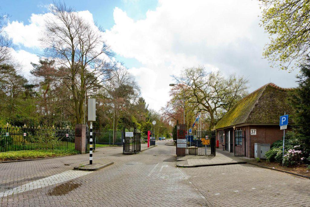 Hilversum, 8 april 2014.Exterieurs en interieurs op de Korporaal Van Oudheusdenkazerne te Hilversum t.b.v. Nederlands Instituut voor Militaire Historie.